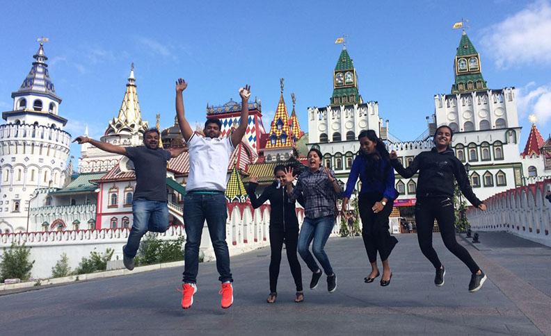 Izmailovo Kremlin, Indian tourists in Russia